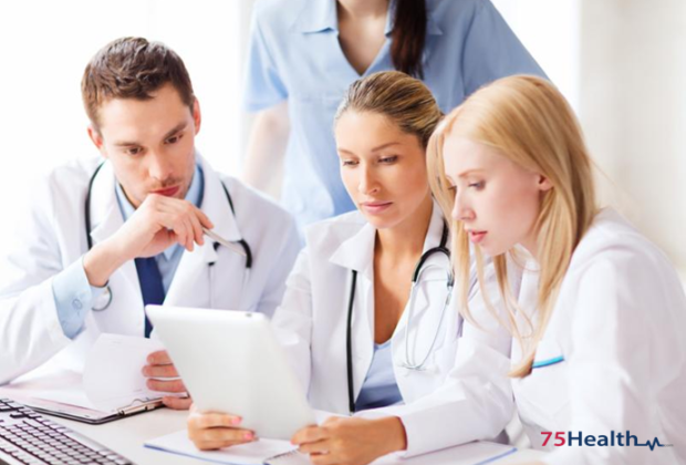 Major responsibilities and interactions of professionals with the EHR system